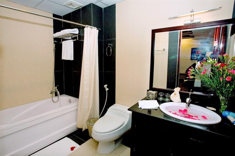 Khách sạn Nam Nguyên